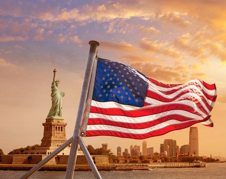 Statue Liberty w Flag orange